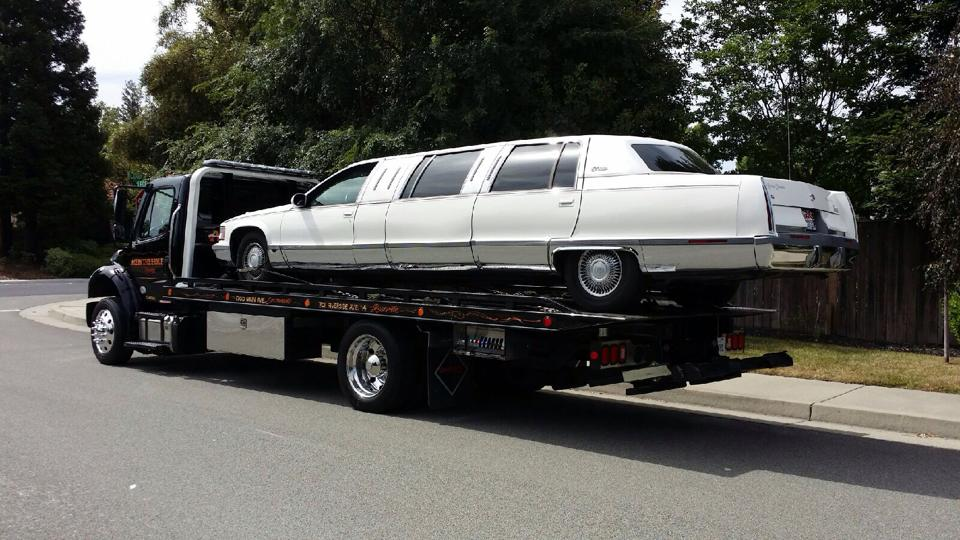 Sacramento Ace Towing was there to help when a limo full of high school seniors were stuck with a broken down limo.